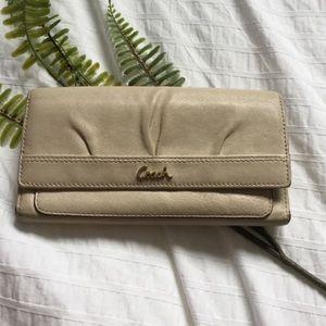 🚨2/$20🚨Vintage Coach wallet